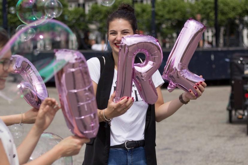 thebb_maastricht_girl_balloon